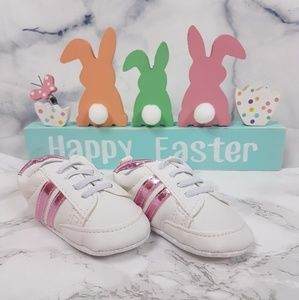 Other - 🌻 NEW White & Metallic Pink Leather Baby Sneakers